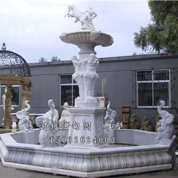 5.欧式喷泉作用:石雕喷泉不仅美化了环境,而且让人们看了赏心悦目,石雕喷泉既能体现石雕的坚硬,又能展现出水的柔美,他们光洁细腻、亮丽迷人;除具有极高的观赏和审美价值外,还可在水流往复喷射的过程中,将空气中的尘埃粉粒吸附于水中沉淀,从而将空气净化,水分挥发又能对空气进行有效加湿,改善和润泽气侯;石雕喷泉的细小水珠同空气分子撞击,能产生大量的负氧离子,随着负氧离子的伴生它能可有效消除异味,使空气纯化,气息清新,愉悦身心,陶冶情操,安神定气,提高生命质量。